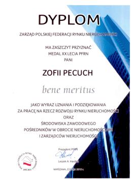 Zofia Pecuch medal XX lecia PFRN